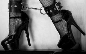bondage-shoes